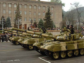 Armenian_tanks_in_military_parade